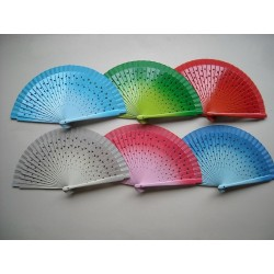 Hand fan  660A