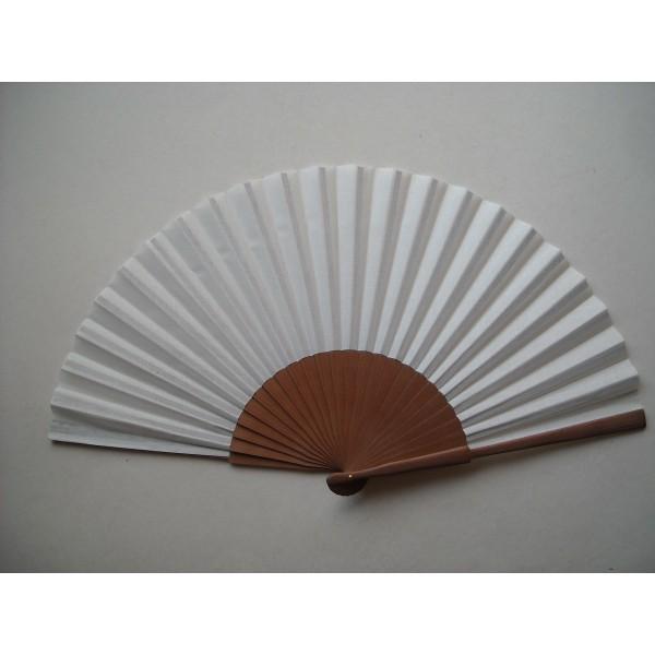 Hand fan 32